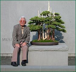 John Naka i Goshin, jego chyba najbardziej znane bonsai (źródło: wikipedia)