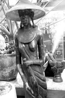Figurka Masajki